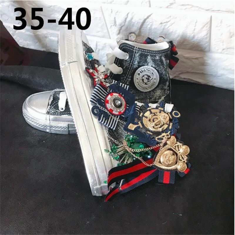 Suche Nach FlüGen Außen Heavy Industrie Retro Alten Wilden Flachen Boden Gurtband Strass Runde Kopf Skateboard Hohe Helfen Frauen Schuhe Heller Glanz
