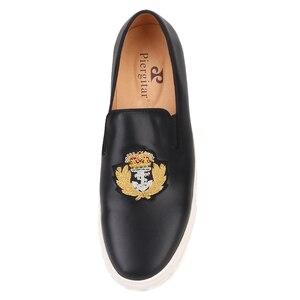 Image 3 - بيرجتار 2020 جديد أسود ألوان جلد أصلي للرجال أحذية رياضية صناعة يدوية حرير هندي تطريز حذاء رجالي كاجوال أبيض