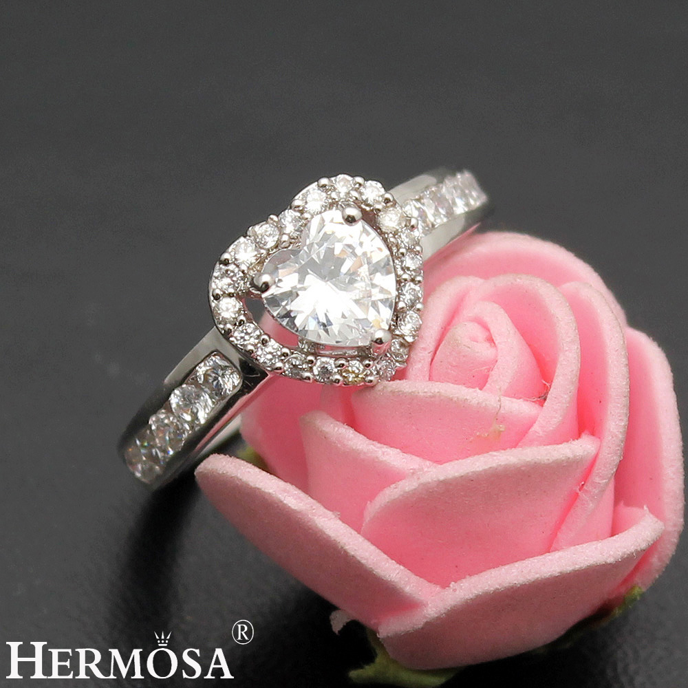 Love Gift Wedding Rings Heart Shaped White Zircon Engagement Jewelry ...