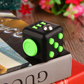 11 colores Cubo Mágico Fidget un vinilo juguete de escritorio 2017 Nueva Fidget cobe Cubo Anti-estrés juguete mágico Divertido juguete de regalo Con la Caja