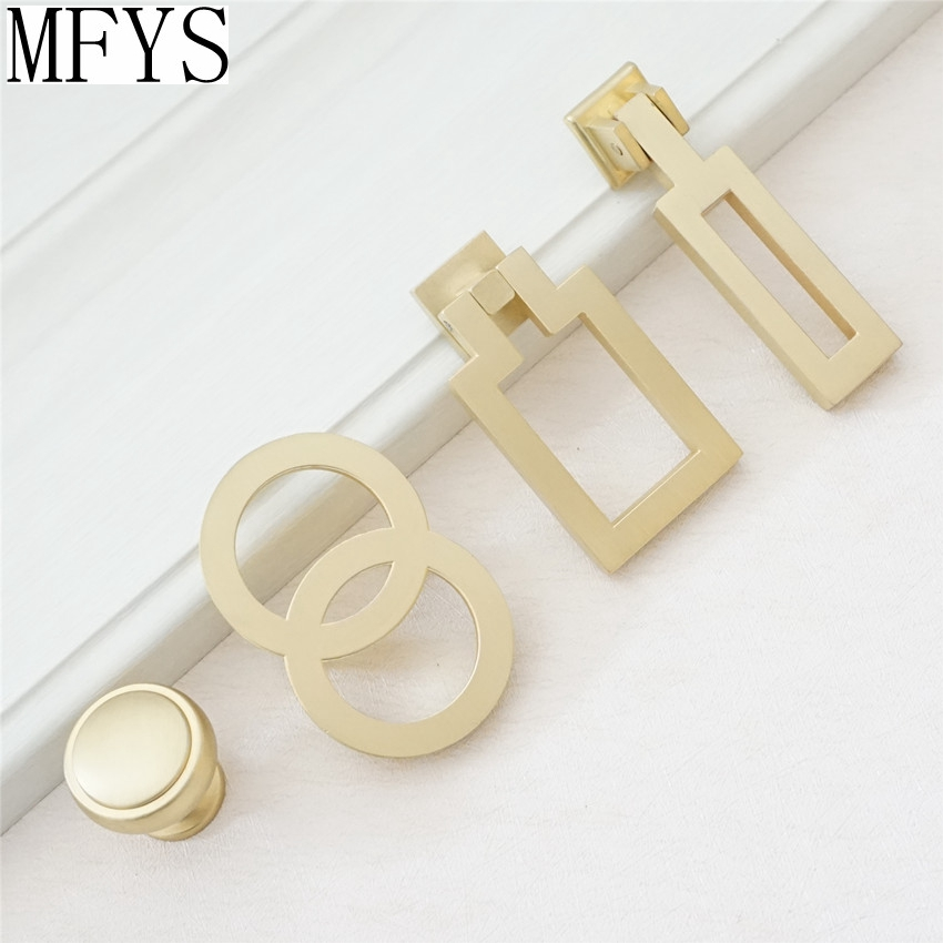 1.1'' Brass Dresser Knobs Pulls Drawer Knob Pull Handles Knobs Drop Pulls Brushed Gold Cabinet Door Handle Knobs Hardware 2 5 3 75 vintage style dresser pulls drawer handles knobs gold bronze red cabinet door pull handle furniture hardware 64 96mm