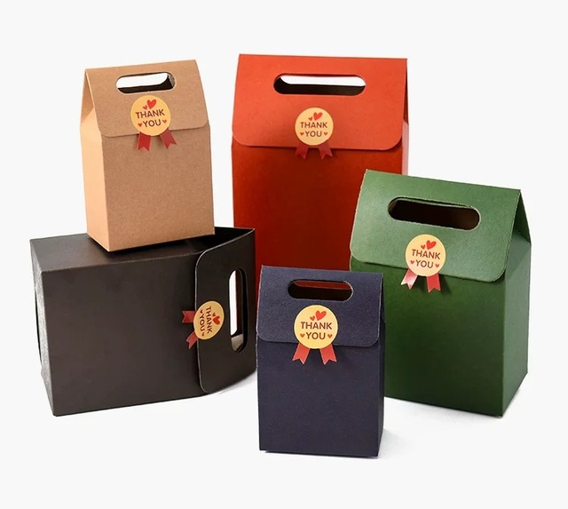 Us 14 23 5 Off 2 Sizes Medium Cardboard Gift Boxes Carton Bag For Tea Small Packing Kraft Paper Bags Food Container Bag With Handle In Gift Bags