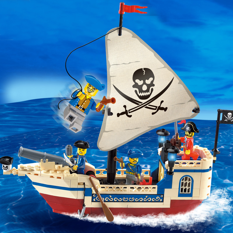 The Pirates Of The Caribbean Brick Bounty Pirate Ship 4 Figures Building Blocks set Legoings Toys for Children DBP375 in Blocks from Toys Hobbies
