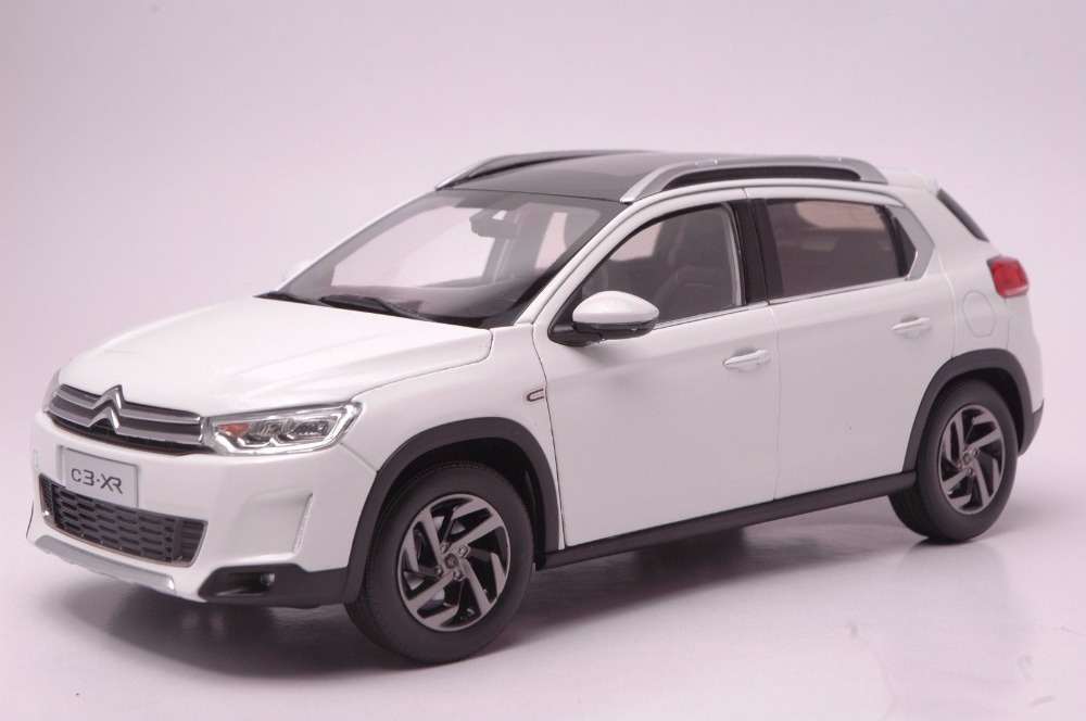1:18 Diecast Model for Citroen C3-XR White SUV Alloy Toy Car Miniature Collection Gift C3 1 18 vw volkswagen teramont suv diecast metal suv car model toy gift hobby collection silver