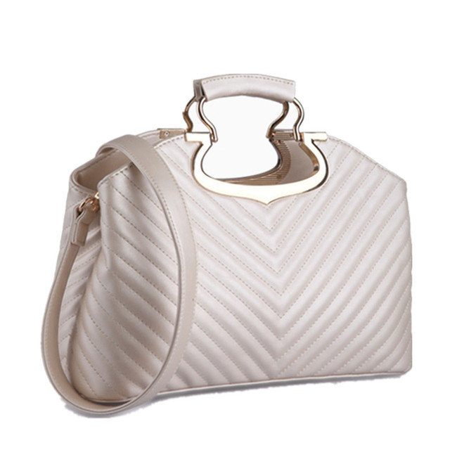 2016 New women famous designer tote bag women leather handbags shoulder  bags high-end brand female messenger bags black white 6804188c5a467