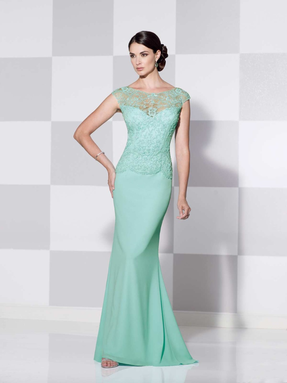 Elegant Mint Green Mother Of The Bride Dresses Illusion Lace ...