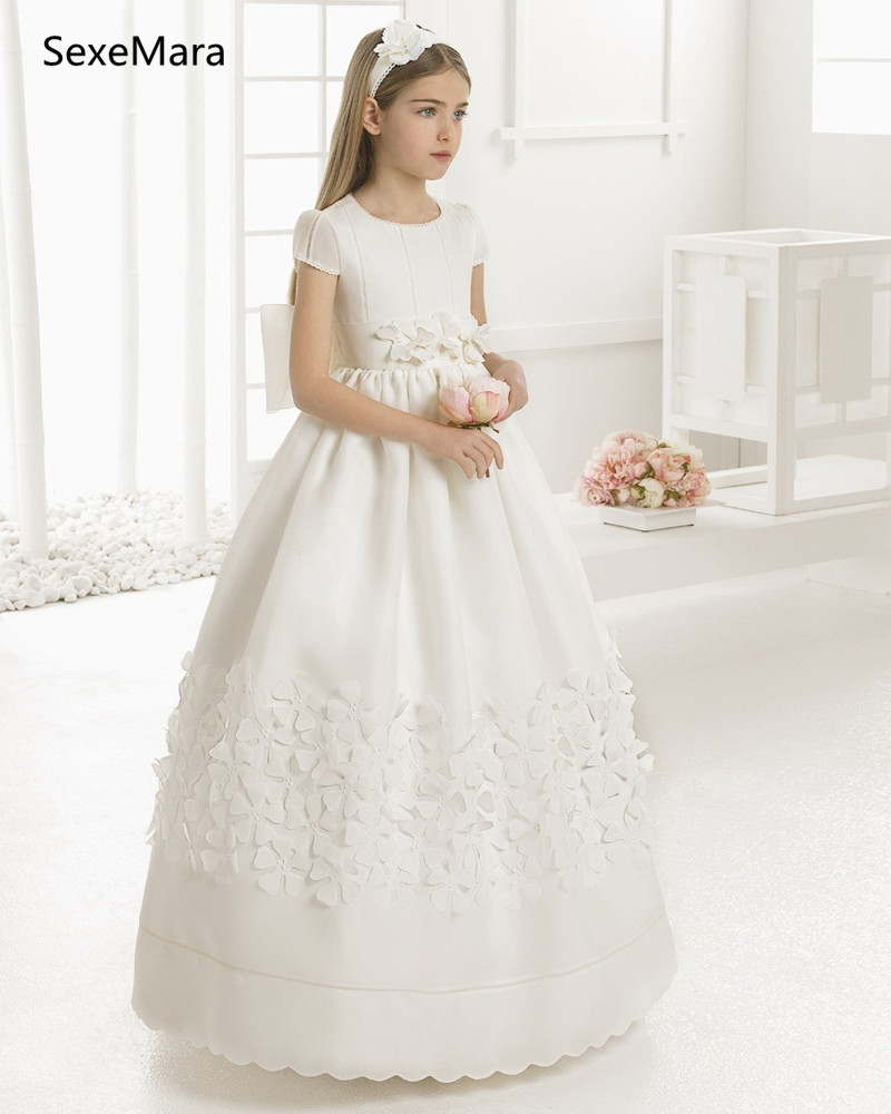 New White/Ivory Girls First Communion Dress O Neck Ball Gown Puffy Satin Flowers Kids Pageant Gown Flower Girl Dress Size 2-16YNew White/Ivory Girls First Communion Dress O Neck Ball Gown Puffy Satin Flowers Kids Pageant Gown Flower Girl Dress Size 2-16Y