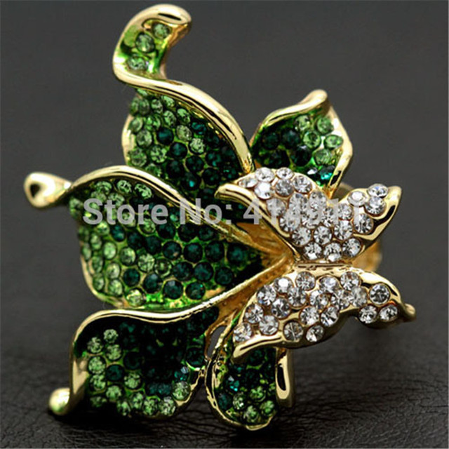 New Style Women Arrival Hot Sale Lord Of The Rings Lovely Butterfly Flower Plated Party Ring With Green Crystal High Quality