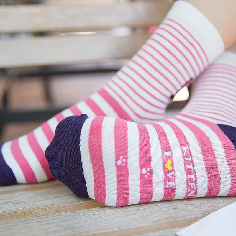 Полосатые носки телка видео положил