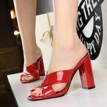 2019 الصيف المرأة عالية الكعب النساء مضخات مثير أحذية الحفلات للنساء كعب سميك السيدات الأحمر الأسود النعال الصنادل أحذية