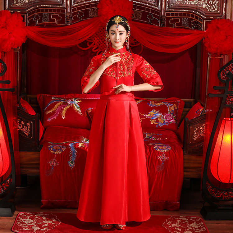 Vintage Improved Red Bride Wedding Dress Formal Cheongsam Slim Half Sleeve Marriage Suit Classic Women Embroidery