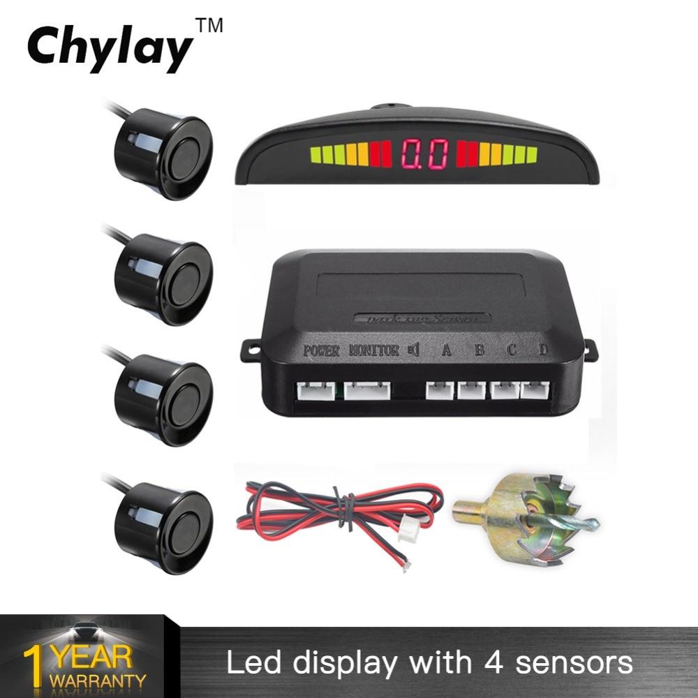Un conjunto de Led Sensor de aparcamiento Auto Car Detector Parktronic Display Reverse Backup Radar Monitor System con 4 sensores
