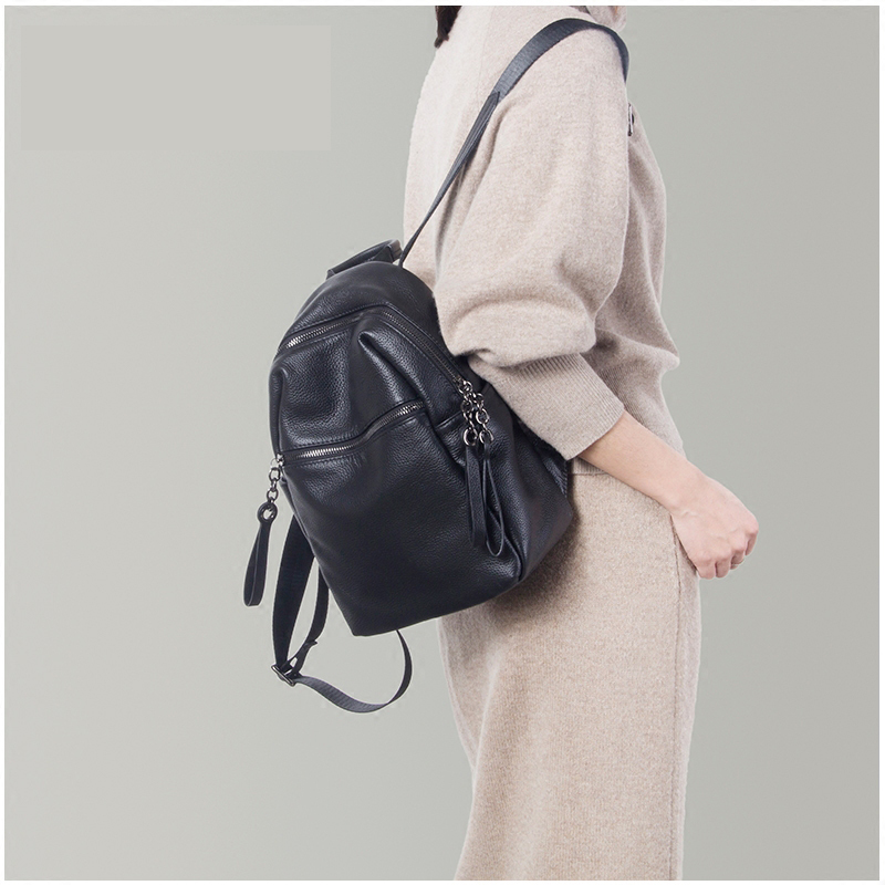 Real Genuine Leather Women's Backpack Female Real First Layer Cow Leather Ladies' Backpacks Travel ipad Cowhide Bags