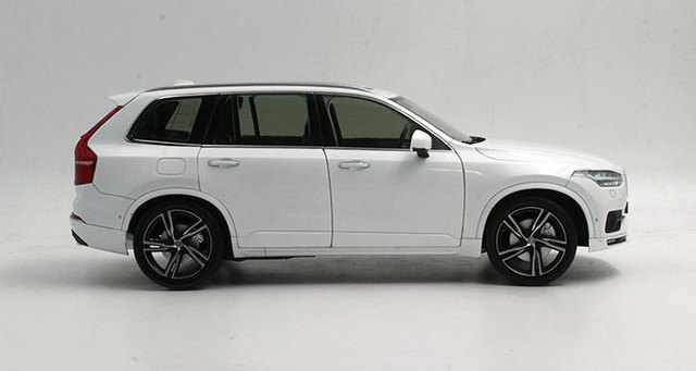 Volvo XC90 car model toy 1;18 27cm long Welly GTA high quality car model metal rubber material car toy