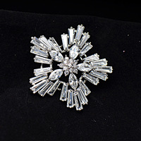 S Vex High Grade Snowflake Zircon Brooch Fashion Noble Dinner Temperament Crystal Flower Brooches Pin Jewelry