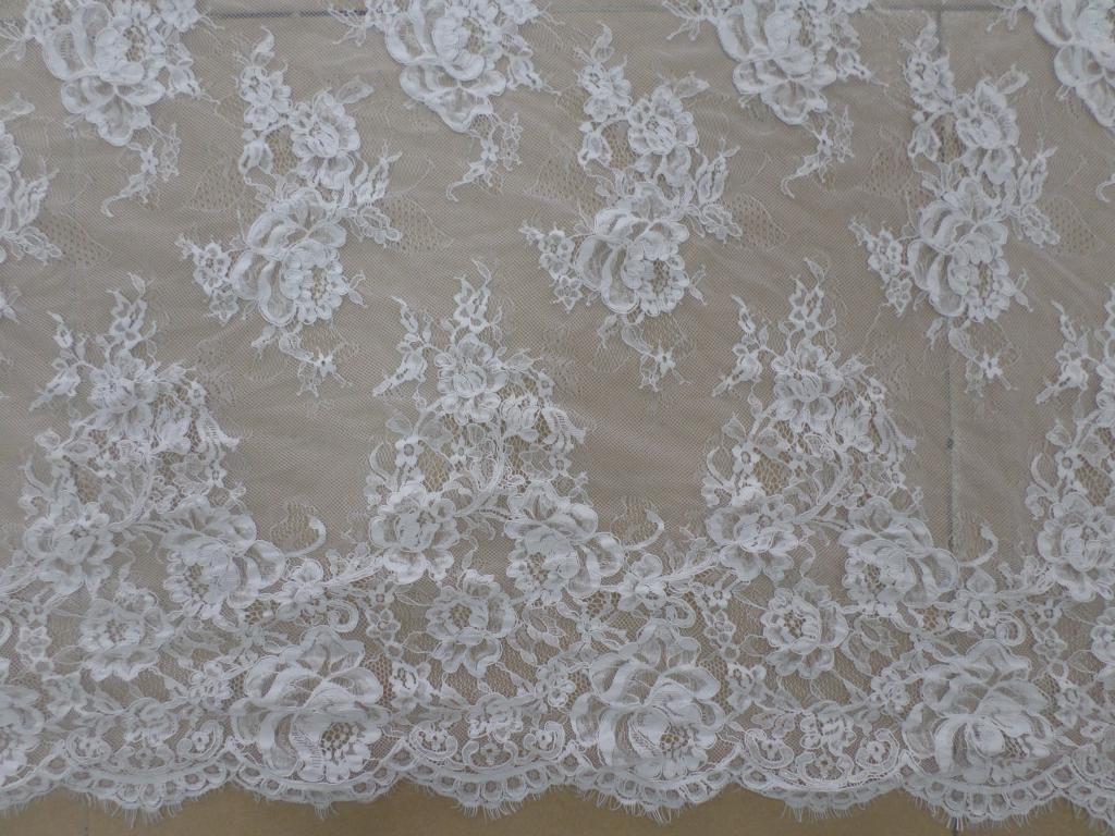 Hot selling wedding lace fabric ivory off white bridal chantilly