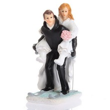New Bride and Groom ski sport kissing dancing Funny Figurine Wedding Cake Topper Personalised Event Party Supplies Marriage