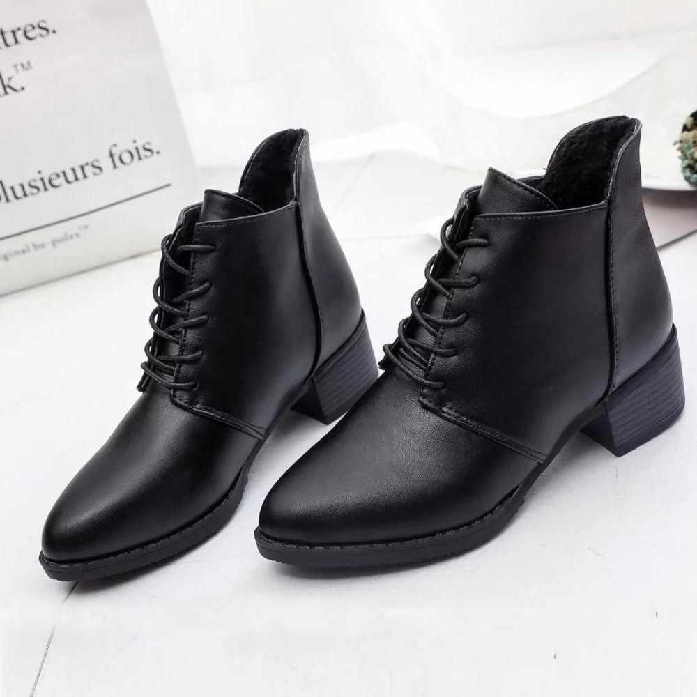 2019 Kadın moda ayakkabılar Vintage Çizmeler Kalın kısa çizmeler kadın Deri yarım çizmeler Kadın Kış Sıcak dantel-up Ayakkabı Botas