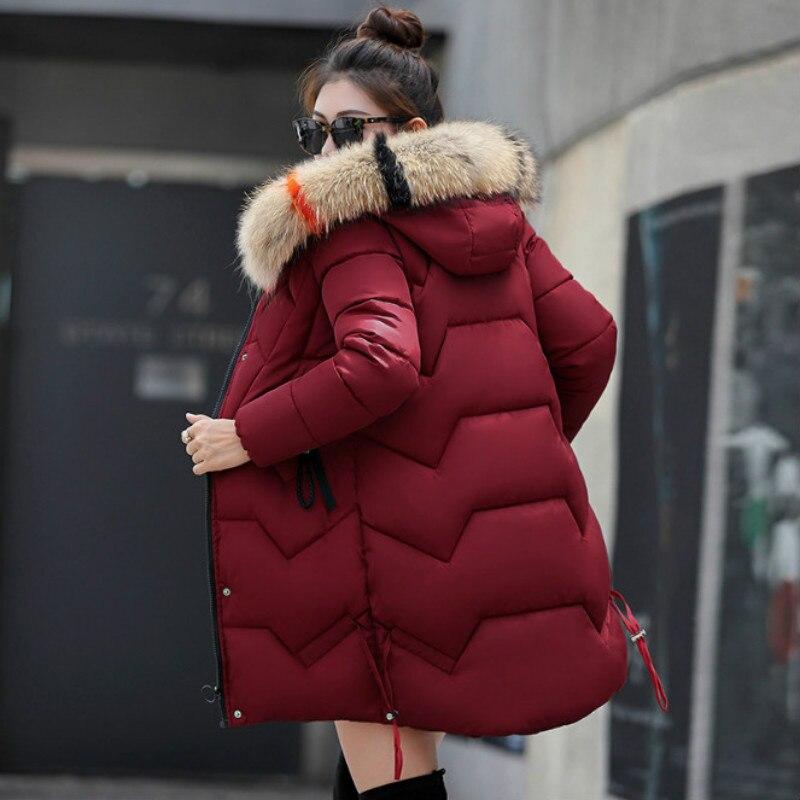 Nouveau 2018 Top Qualité Femmes Parkas Très Chaud chapeaux en laine Femmes manteau d'hiver À Capuche en Fausse Fourrure veste d'hiver femmes Épaissir doudoune