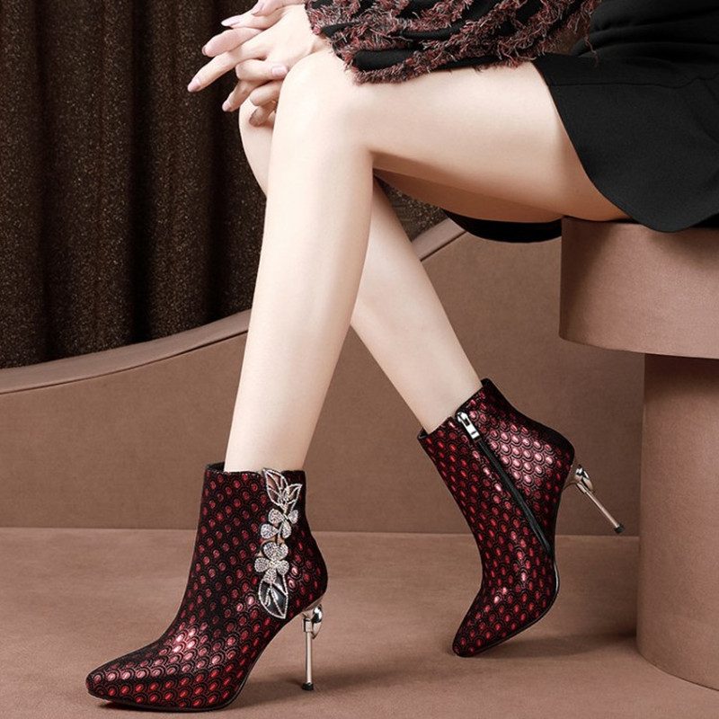 Brand Rhinestone Ankle Boots Women Sexy High Heels Fashion Pointed Toe Genuine Leather Shoes Women Boots Autumn Shoes Women Pump facndinll women ankle boots autumn shoes handmade genuine leather high heels black sexy pointed toe brand shoes woman snow boots