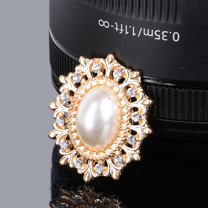 2019New 100Pcs Alloy Rhinestone Pearl Center Oval Flower Buttons For DIY Bridal Bouquet Or Hair Ornaments Decoration RM320