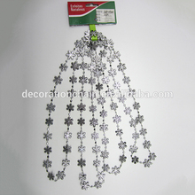 Six corners snowflake bead Suit Colored Christmas hanging beads shiny plastic chain bead Decoration festive christmas ornament hearts shape bead chain 260cm 2 chain pack