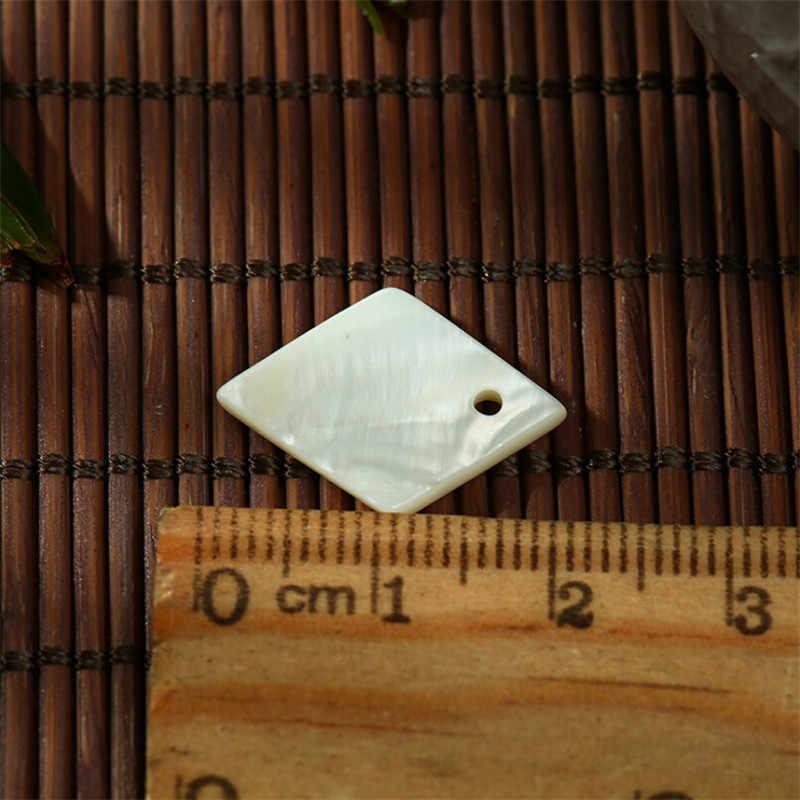 10 pz/lotto charms piazza bianco d'acqua dolce naturale sea shell beads per monili che fanno FAI DA TE perline per orecchini collana accessori
