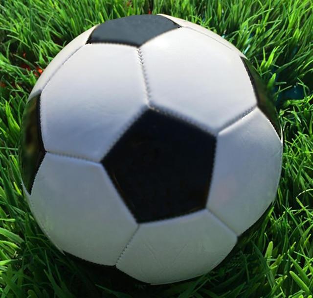 Klasik Hitam Putih Standar Ukuran 5 Bola Sepak PVC Untuk Pelatihan Pertandingan 2017 Football