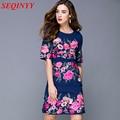 De gama alta elegante dress mujer primavera verano 2017 de la media manga floral bordado sweet casual longitud de la rodilla azul plus dress nacional