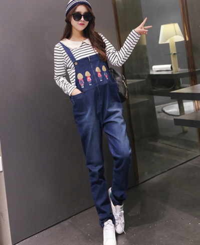 2017 autumn korean style factory price pregnant women denim overalls shorts maternity jeans with pockets pregnancy denim rompers plus size women denim overalls new 2017 ladies bib jeans korean fashion preppy style bleached garment washed free shipping