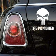 14 x 13CM Creative The punisher Skull Car Styling Sticker Decal Decoration Automotive Scratch Cover Stickers black or white