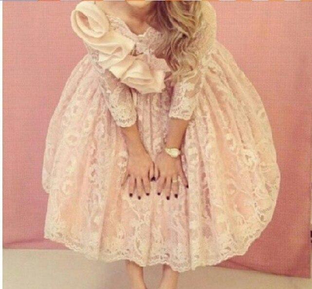 2015 a-ligne Sexy dentelle robe de soirée à manches longues robe longueur au genou courtes robes de bal Tiers fleurs