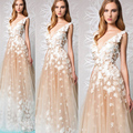 Moda Vestidos de Noche Longitud Del Piso del V Cuello de Encaje Apliques de Flores Champagne Una Línea de Vestidos de Baile 2017