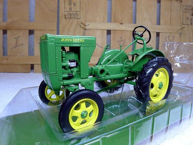 knl hobby j deere traktor pfl gen maschine legierung. Black Bedroom Furniture Sets. Home Design Ideas