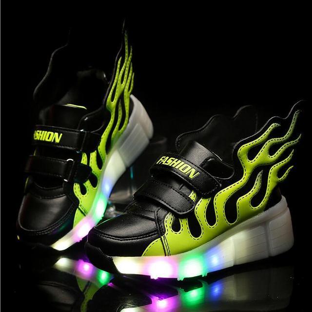 Crianças adulto crianças roller shoes sapatilhas com rodas menino menina automático led lighted piscando patins zapatillas