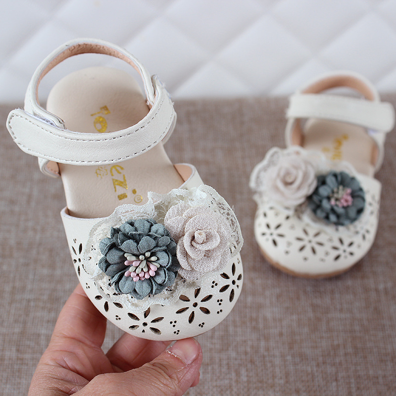 2020 newest summer toddler white girl closed toe sandals leathers shoes sweet flower children sandals for girls toddler baby breathable hollow out shoes