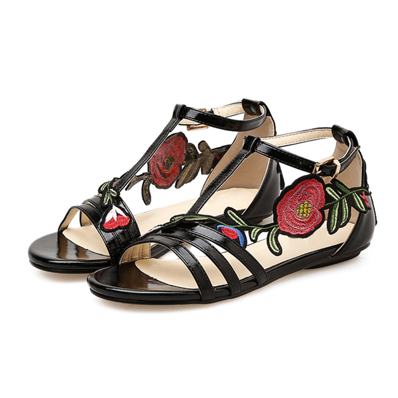 Plus Taille Boucle Black Or Peep Marque Femme D'été Chaussures Toe Sandales Femmes 2018 De Plage Sangle gold Plat La Broderie Ibgy6vYf7