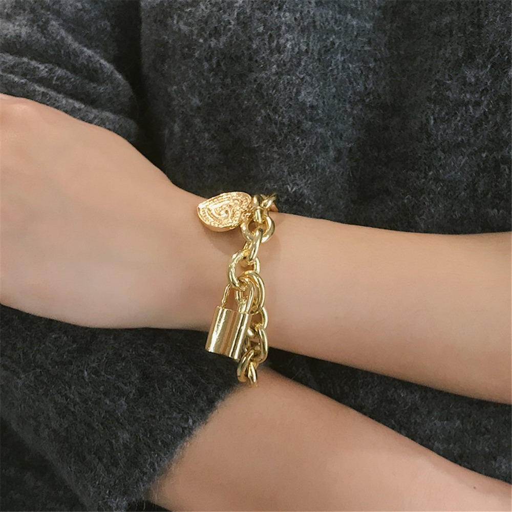 Ingemark Punk Lover's Lock Pendant Bracelets Bangles Fashion Alloy Carved Lover Heart Thick Chain Bracelet Couple Jewelry 2019 1