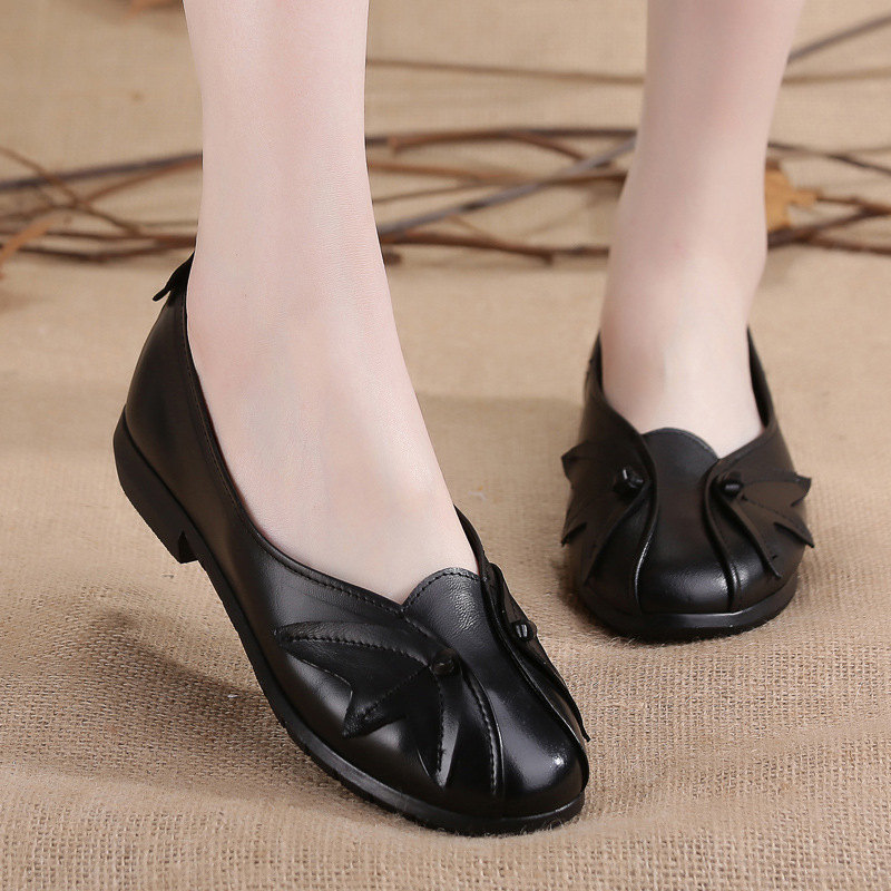 New Women Ethnic Style Real Leather Shoes Moccasins Mother Loafers Soft Leisure Flats Female Driving Casual Footwear Size 35-41 revenue law