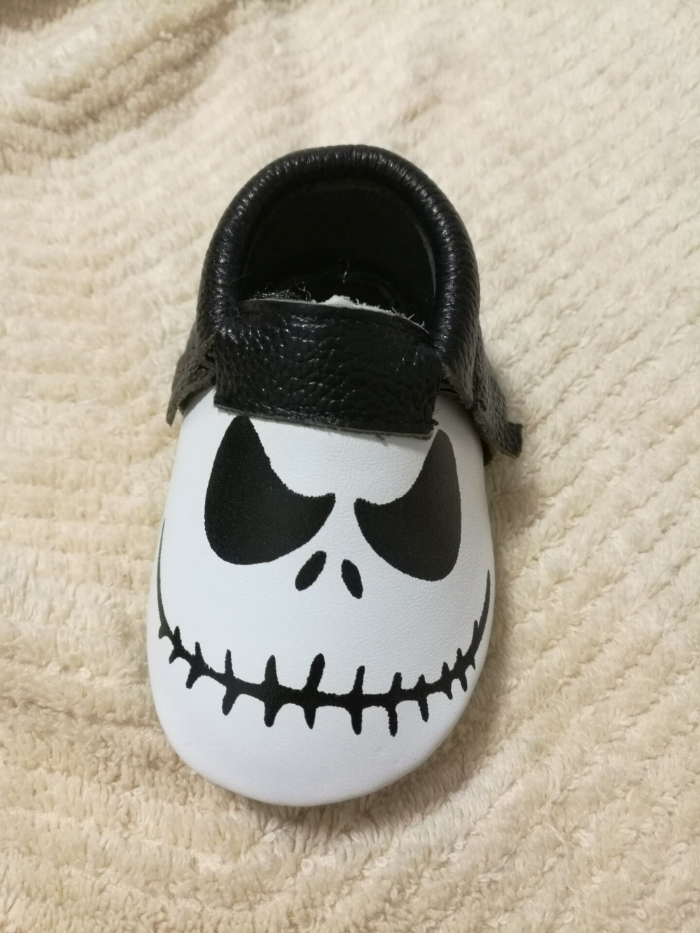 New-Stylish-Genuine-Leather-Baby-Moccasins-Shoes-Halloween-presents-for-bebe-Baby-Shoes-Newborn-first-walker (5)