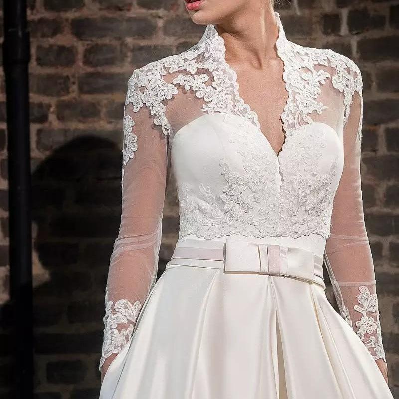 2019 Hot nouveau col en v mariée à manches longues boléro veste châle blanc ivoire dentelle Applique personnalisé accessoires de mariage vestes