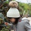 2016 Recém-nascidos de Inverno Real Raccoon Fur Hat Sólidos Bola Pompom Bebes Crianças bebés Meninos Meninas Crochet Crianças Chapéus de Malha Gorro tampas