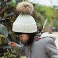 2016 de Invierno Recién Nacido Sombrero Sólido Pelota Pompón de piel de Mapache Verdadero Niños bebés Niñas Crochet Niños Sombreros de Punto Beanie Bebes Niños tapas