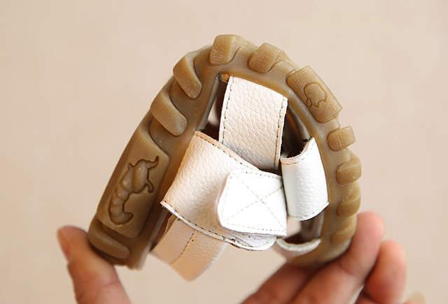 e4836316ff651 Garçons Sandales Enfants Chaussures 2017 En Cuir Souple Sandales Bébé  Garçons D été Prewalker Semelle