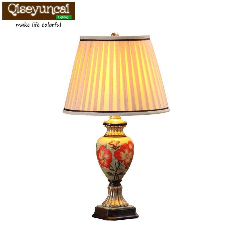 Qiseyuncai 2018 new European retro hand-painted garden living room lamp simple modern warm creative bedroom bedside lamp