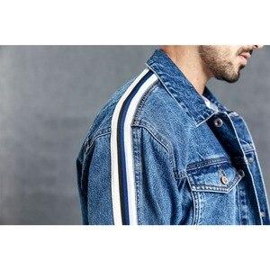 Image 5 - SIMWOOD di Giacca di Jeans Da Uomo 2020 primavera Nuovo Lato Di Modo Giacca A Righe Hip Hop Street wear Plus Size Marchio di Abbigliamento 190035