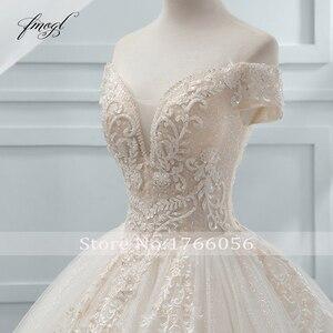 Image 4 - Fmogl יוקרה מתוקה תחרת כדור שמלת חתונת שמלת 2020 קפלת רכבת אפליקציות קריסטל שמלות הכלה Vestido דה Noiva
