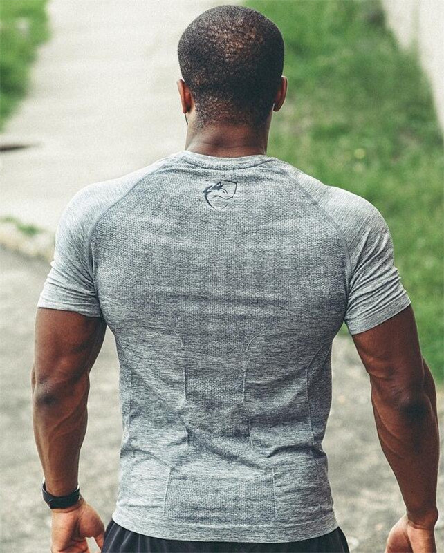 New Brand men t-shirt Gyms Fitness Bodybuilding Slim Shirts Crossfit Short sleeve  clothes Fashion Casual O-Neck printed Tees
