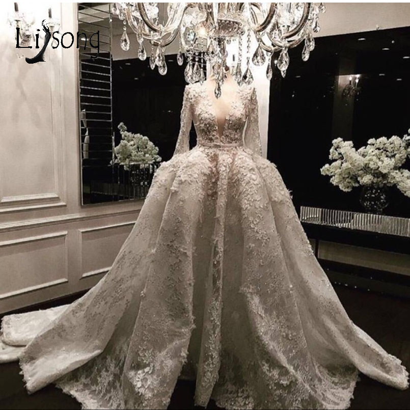Saudi Arabic Floral Lace Wedding Dresses 2018 With Full Sleeves Vintage Beaded Bridal Gowns Deep V