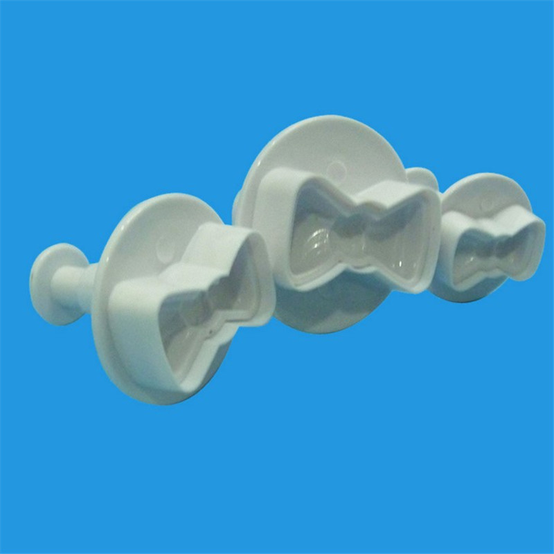 Seaan 3pcs lot Cute Bow Tie Biscuit Cookie Cutter Tools Cake Plunger SugarCraft Confectionery Bakeware Pastry Cake Tools in Baking Pastry Tools from Home Garden